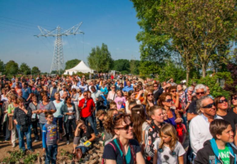 Tour de Waal: Bevrijdingsdag aan de Waal