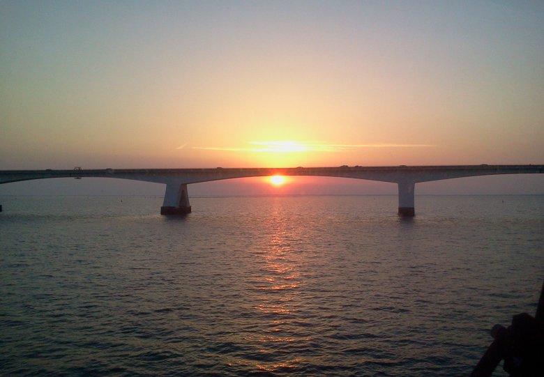 Zeelandbrug vaartocht vanuit Zierikzee