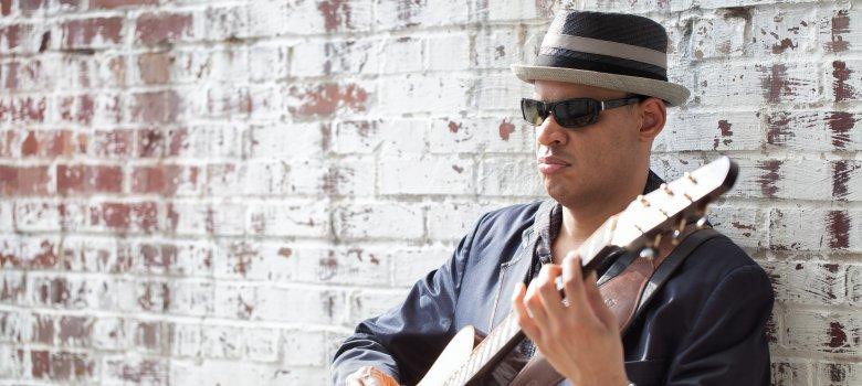 Raul Midón op Jazzdagen Harderwijk