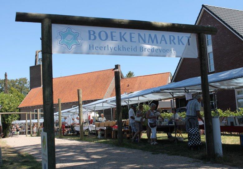 Internationale Opruimings Boekenmarkt Bredevoort