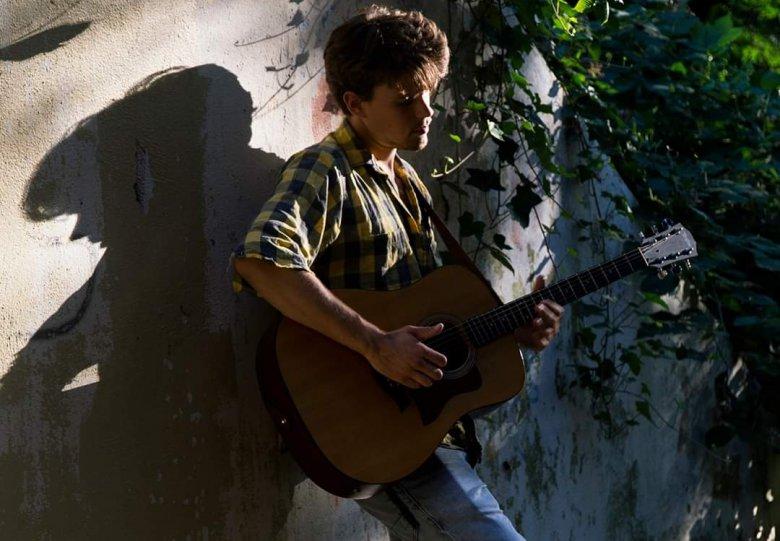 singer-songwriter avond bij Kanaal30 - met Gildor