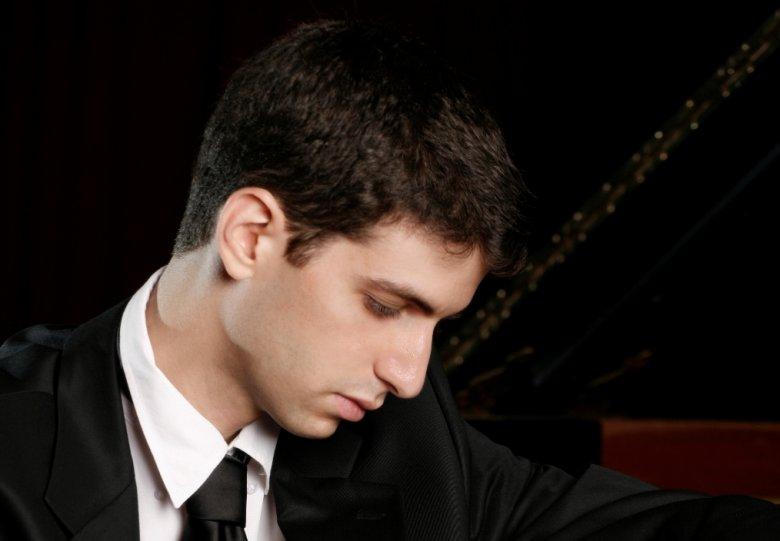 bijzonder pianorecital door Ishay Shaer
