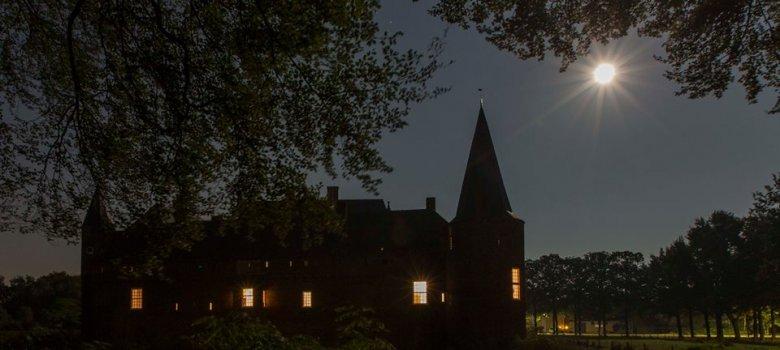 Avondrondgang door kasteel Hernen