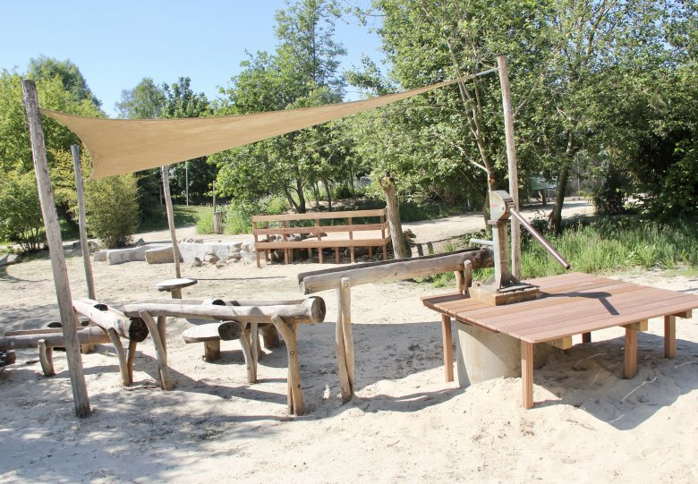 Hof van Eckberge nieuwste dierentuin van Nederland