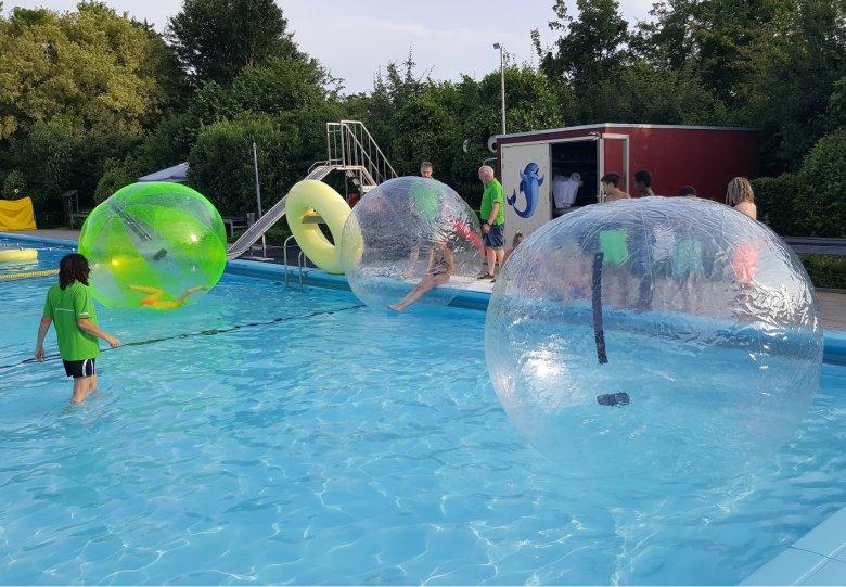 Zwem4daagse: hele week feest op zwembad Steenderen