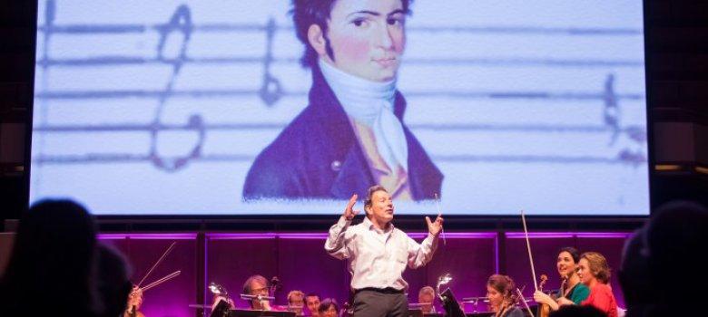 Maestro Jules van Hessen Onthult: Sheherazade