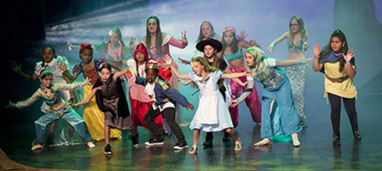 Doe's gek!! en speel mee in de nieuwe videoclip van Telekids Musicalschool!