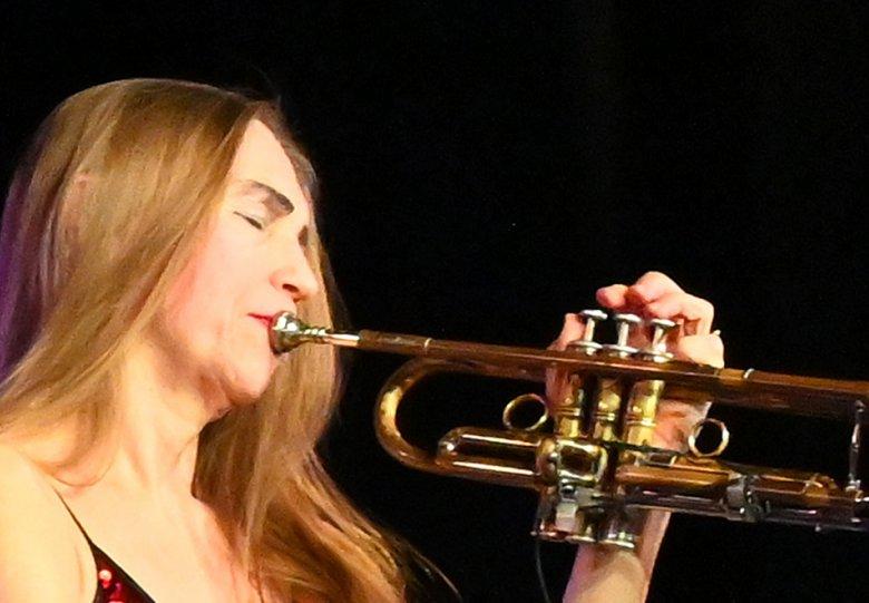 Saskia Laroo | 'Trumpets Around The World' (release concert)