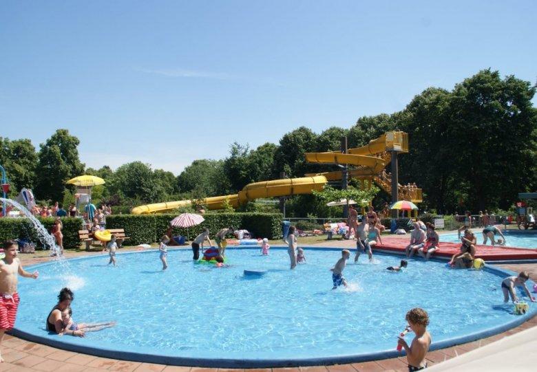 Openluchtzwembad De Goffert