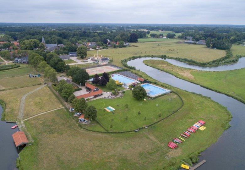 Zwembad en kanocentrum de Berkel